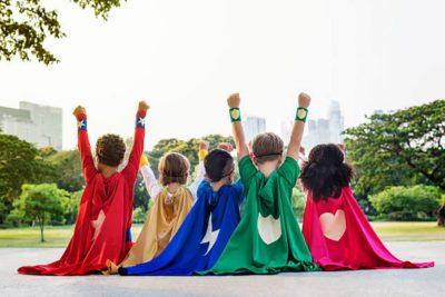 crianza niños y niñas 2 1 810x540 - Claves para la educación infantil en el mundo actual