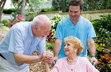 Como potenciar la autoestima en las personas mayores 380x247 - Cómo potenciar la autoestima en las personas mayores