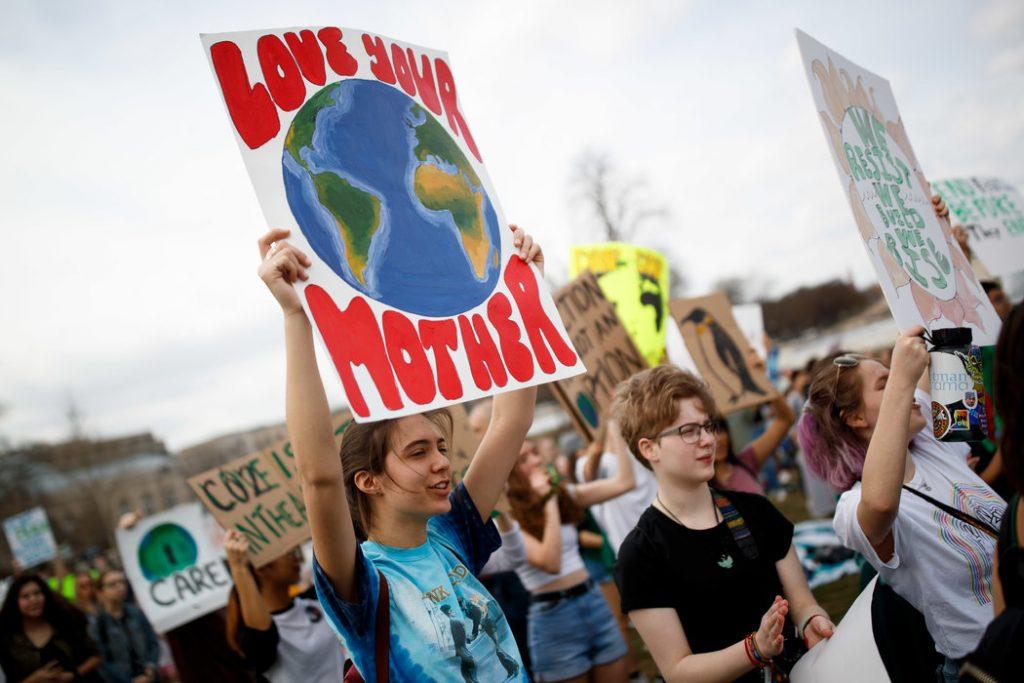 merlin 152125536 742336f2 c4ea 49ba b6e5 c59a81125c83 master1050 1024x683 - Galería: En todo el mundo los jóvenes exigen acciones contra el cambio climático