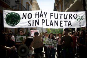 1552649917 982870 1552655201 album normal 300x200 - Los estudiantes lideran la protesta global contra el cambio climático en vísperas de la cumbre de la ONU