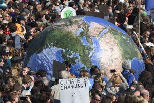 huelga cambio climatico SF 25 300x201 - Los estudiantes lideran la protesta global contra el cambio climático en vísperas de la cumbre de la ONU