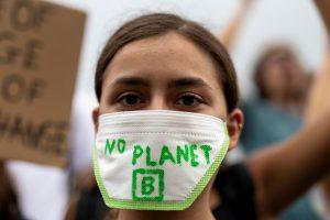 huelga cambio climatico SF 71 300x200 - Los estudiantes lideran la protesta global contra el cambio climático en vísperas de la cumbre de la ONU