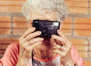img tecnologia mayores portada 360x260 - 5 tecnologías que mejoran la vida de los mayores