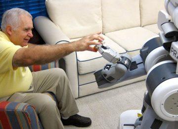 robots ayudando anciano 1280x640 360x260 - La inteligencia artificial y el cuidado de los adultos mayores.