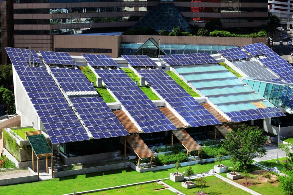 solar panel on roof top - ANLA otorga licencia ambiental a proyecto para generación de energía solar en Santander