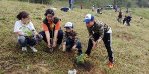 593541c519b8c 300x150 - 800 niños son líderes ambientales en 43 municipios