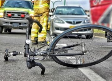 ciclista accidente 1  360x260 - Sistema de avisos en carretera: tecnología que evita accidentes.