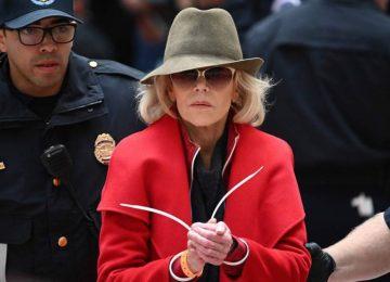 1572637677 748650 1572688290 noticia fotograma 360x260 - Jane Fonda, arrestada cada viernes