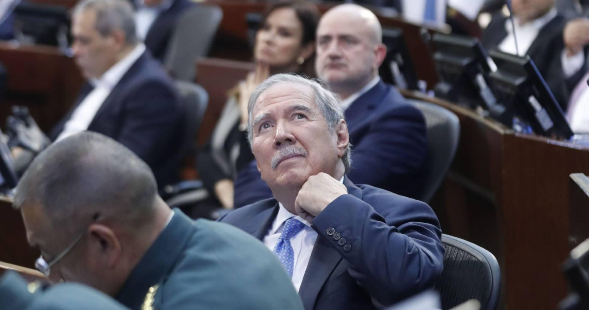 1573087913 831365 1573093174 noticia normal recorte1 - Guillermo Botero pierde la batalla de la presión social