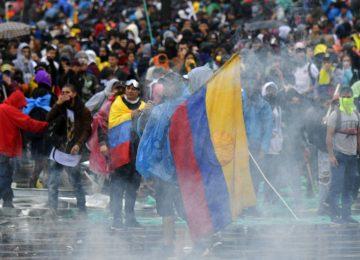 1574446775 926792 1574451219 noticia normal recorte1 360x260 - Duque evita dar una respuesta a los reclamos sociales tras las masivas protestas en Colombia