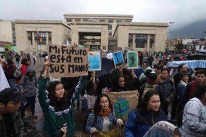 46821 1 300x200 - Movimientos ambientalistas se unirán al paro nacional del 21 de noviembre