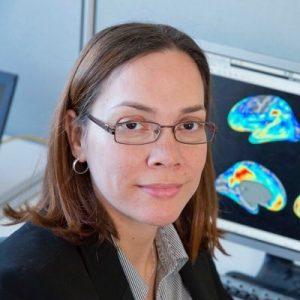 Q4sr8DHp 400x400 1 300x300 - La mujer resistente al alzhéimer