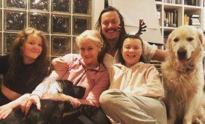 1576149037 143238 1576231446 noticia normal recorte1 300x182 - «Quiero que actúen como si nuestra casa estuviera ardiendo. Porque así es.»:Greta Thunberg
