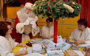 Himmelpfort 3135962b 300x187 - Papá Noel se resiste al correo electrónico
