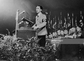 gettyimages 74583844 2048x2048 360x260 - El Legado De Goebbels: Instrucciones Para Mejor Engañar
