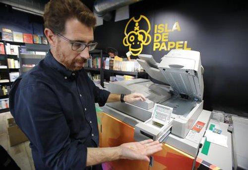 0fde637f70da5c56396d50ecdb552d18 - 'Dragona', la máquina que imprime libros a la carta en menos de diez minutos