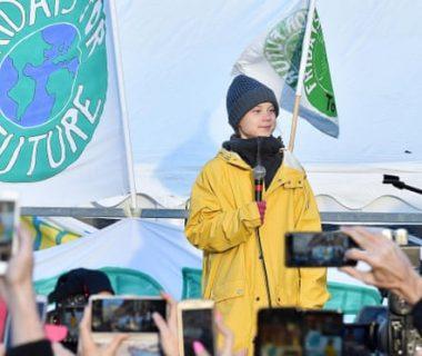 """2598 380x320 - Greta Thunberg les dice a los líderes mundiales que pongan fin a la """"locura"""" de los combustibles fósiles"""