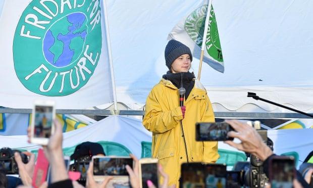 """2598 - Greta Thunberg les dice a los líderes mundiales que pongan fin a la """"locura"""" de los combustibles fósiles"""