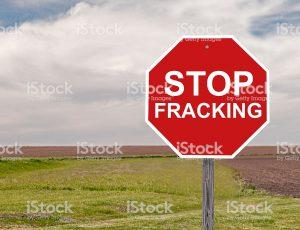 istockphoto 479047984 1024x1024 300x230 - Razones por las que es urgente que se prohíba el fracking