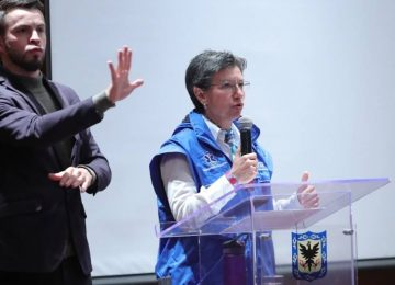 an3i1908 b5d04ff96bfd0ac1d6539a1741628a01 1200x600 360x260 - Claudia López denuncia que Gobierno aprovecha emergencia para beneficiar a bancos