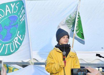 5df55bf0bbe5d.r 1580331926713.0 0 2598 1290 360x260 - Greta Thunberg registra su nombre y su marca 'Fridays For Future'