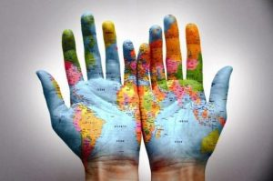 f4a1e9a0bc4262beaea2b7fef04b5f05 300x199 - Yuval Harari: El mundo después del coronavirus