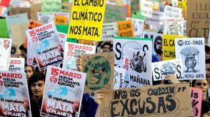 """protestas madrid cambio climático 1440x808 300x168 - """"El activismo funciona"""", dice Greta Thunberg a los jóvenes del mundo."""