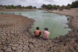 sequia 25411 300x200 - Los niños serán los principales afectados por el cambio climático