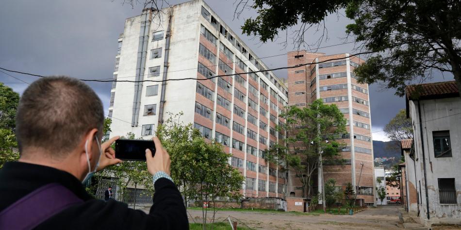 5bf849379a966 - Distrito abre proceso de licitación para contratar la construcción del nuevo hospital Santa Clara