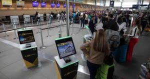 descarga 6 300x158 - Eldorado se reinventa, con Bio-Seguridad, como punto de partida y de recepción de los vuelos del nuevo mundo.