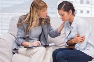 depositphotos 25725773 stock photo therapist comforting a patient 300x200 - La salud mental no puede ser un lujo