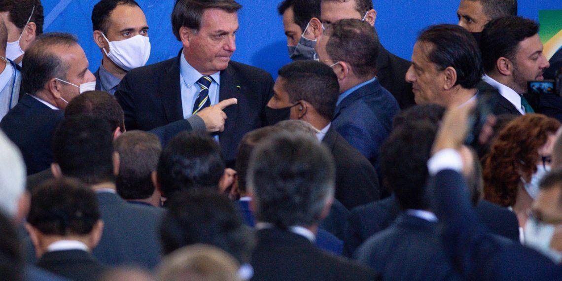 merlin 173631339 3e5fd5ae 7098 477c b454 03eee6d780c4 superJumbo 1140x570 - El presidente Bolsonaro se burló del coronavirus, desafió el covid-19, y terminó infectado y contagioso.
