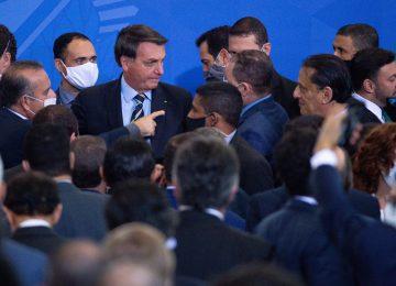 merlin 173631339 3e5fd5ae 7098 477c b454 03eee6d780c4 superJumbo 360x260 - El presidente Bolsonaro se burló del coronavirus, desafió el covid-19, y terminó infectado y contagioso.