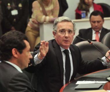 """H5FHEE3ETNHABIPZLKCLNVEGAU 380x320 - Las pruebas contra Uribe son """"claras, inequívocas y concluyentes"""": Corte Suprema"""