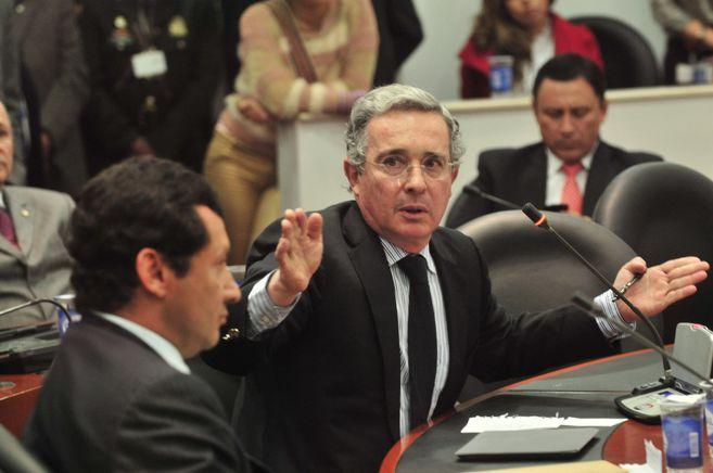 """H5FHEE3ETNHABIPZLKCLNVEGAU - Las pruebas contra Uribe son """"claras, inequívocas y concluyentes"""": Corte Suprema"""
