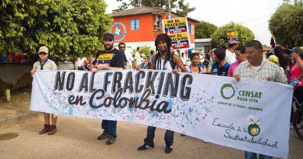 614424 1 - 13 países que prohiben  el 'fracking', por los múltiples y graves riesgos para la salud, según estudios científicos.