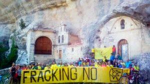 marcha contra el fracking 300x169 - 13 países que prohiben  el 'fracking', por los múltiples y graves riesgos para la salud, según estudios científicos.