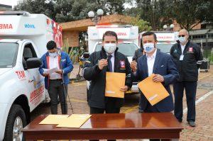 2d6ed077 beb6 42cc af99 30c75230d171 300x199 - Gobernación de Cundinamarca entrega 11 nuevas ambulancias a 7 municipios