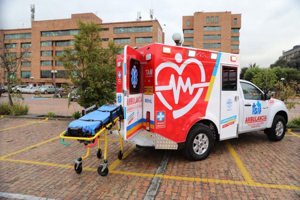 5f0095a8 da42 4d2f 9e9e 0bcde0295009 1024x682 - Gobernación de Cundinamarca entrega 11 nuevas ambulancias a 7 municipios