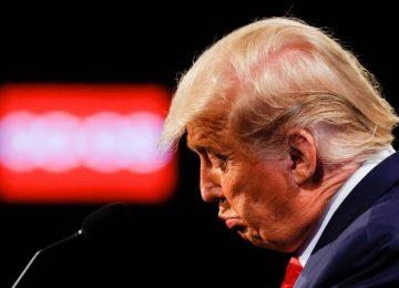 5f92ff8ee68a6.r 1603721373816.0 0 3000 1492 360x260 - El desprecio de Trump por la verdad deja un legado tóxico en todo el mundo