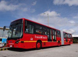 BYD bus baja 1 300x218 - Lecciones de los Picapiedra con el carro compartido y las soluciones modernas de movilidad sobre ruedas.