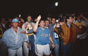 gettyimages 688647218 612x612 1 300x192 - El contraste entre Diego y Maradona