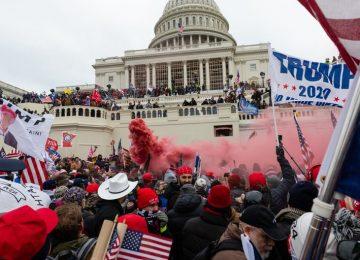 W6FWIKAMPFAS5LJQCF7H5NFE3M 360x260 - Los líderes demócratas en el Congreso exhortan a Mike Pence a que destituya a Donald Trump de su cargo