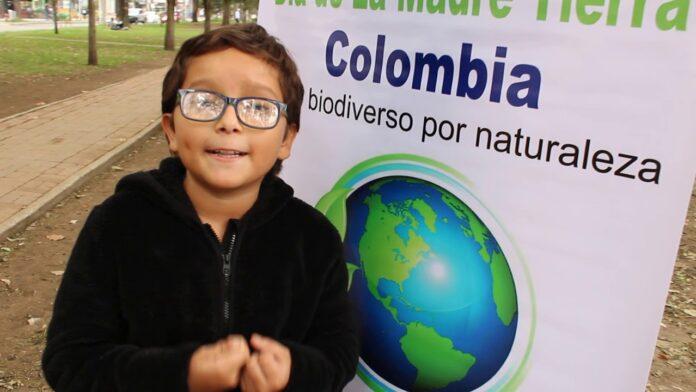 Francisco Vera 696x392 1 - El Greta Thunberg colombiano: le quieren quitar la Vida porque alza su voz de niño en defensa del Derecho a  la Vida.