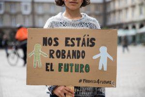 """1552649917 982870 1552655603 album normal 300x200 - Los jóvenes activistas del clima piden a los gobiernos que dejen de hacer """"promesas vacías"""""""