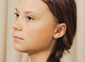 """Greta Thunberg vogue credit Ryan Pfluger August Image 360x260 - """"Que se dejen de grandes palabras y pasen a la acción contra la crisis del cambio climático"""" Greta Thunberg"""