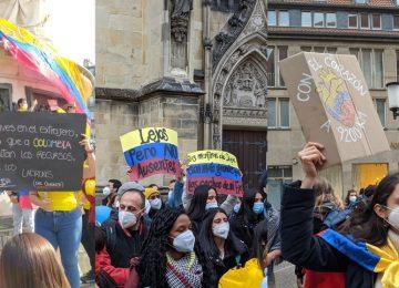 T52MBRQEVND2DATYXZ47IW5H7M 360x260 - Miles de colombianos en el exterior se unen a las manifestaciones
