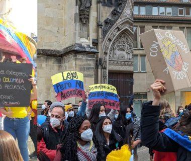 T52MBRQEVND2DATYXZ47IW5H7M 380x320 - Miles de colombianos en el exterior se unen a las manifestaciones