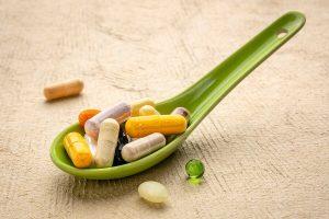 suplementos naturales 300x200 - Siete hábitos alimenticios que ayudarían a prevenir el Alzheimer
